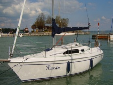 Dolphin 26 sailboat